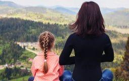 Yoga pour enfant : à partir de quel âge ? 3 livres et 2 vidéos pour débuter
